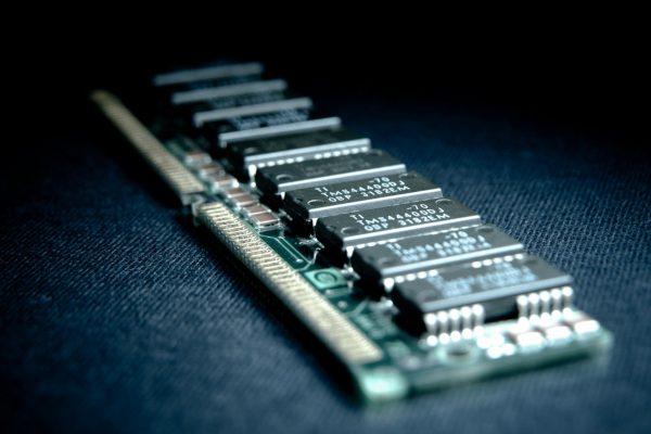 رم - رم سرور - رام - RAM SERVER - حافظه - حافظه تصادفی - سی پی یو - CPU - هارد دیسک - HARD DISK