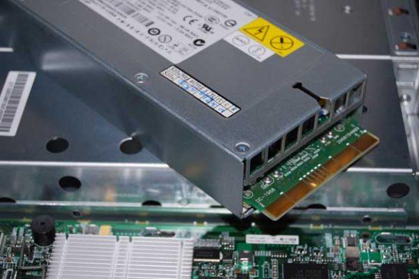 منبع تغذیه سرور - توضیحاتی - پاور - پاور سرور - سرور - منبع تغذیه - منبع پاور ساپلایز - تغذیه - پاور ساپلای - ولت - ولتاژ - Power - Power supply - Power server - Power platinum - server - power supplies - supply supplies - switching