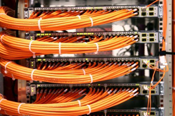 سوئیچ سیسکو ۲۹۶۰s - Baud Rate- سوییچ - سیسکو - سوییچ سیسکو - سوئیچ - سوئیچ سیسکو - سیسکو سوئیچ - سیسکو سوییچ - cisco - switch - اتصال سیسکو - IOS- Hyper Terminal - سوکت RJ45