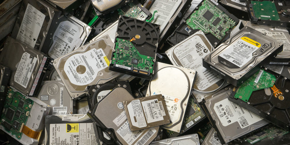 هارد - hard - sata - sas -ssd - اس اس دی - ساتا -سس - حافظه - ذخیره سازی - استوریج -رید -ride-
